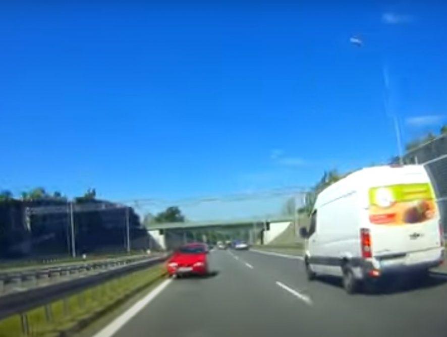 Kierowca jechał ekspresówką... pod prąd! [WIDEO]