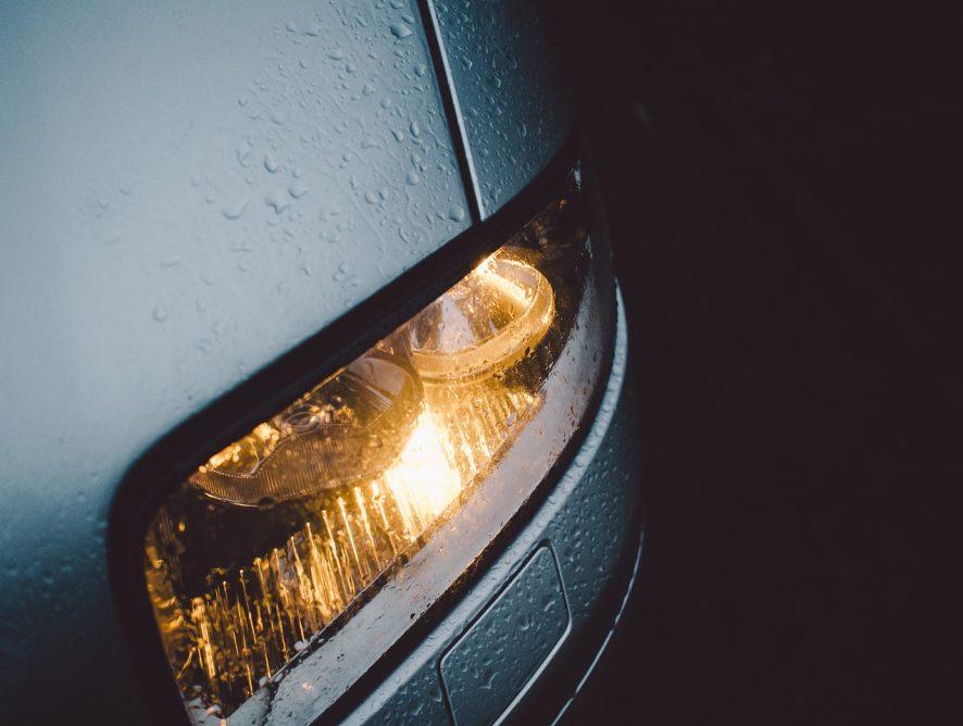 Żarówki samochodowe – najpopularniejsze rodzaje i typy