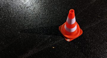 Poranne wypadki na DK7 i DK9. Do kolizji doszło w Lipniku i Kielcach