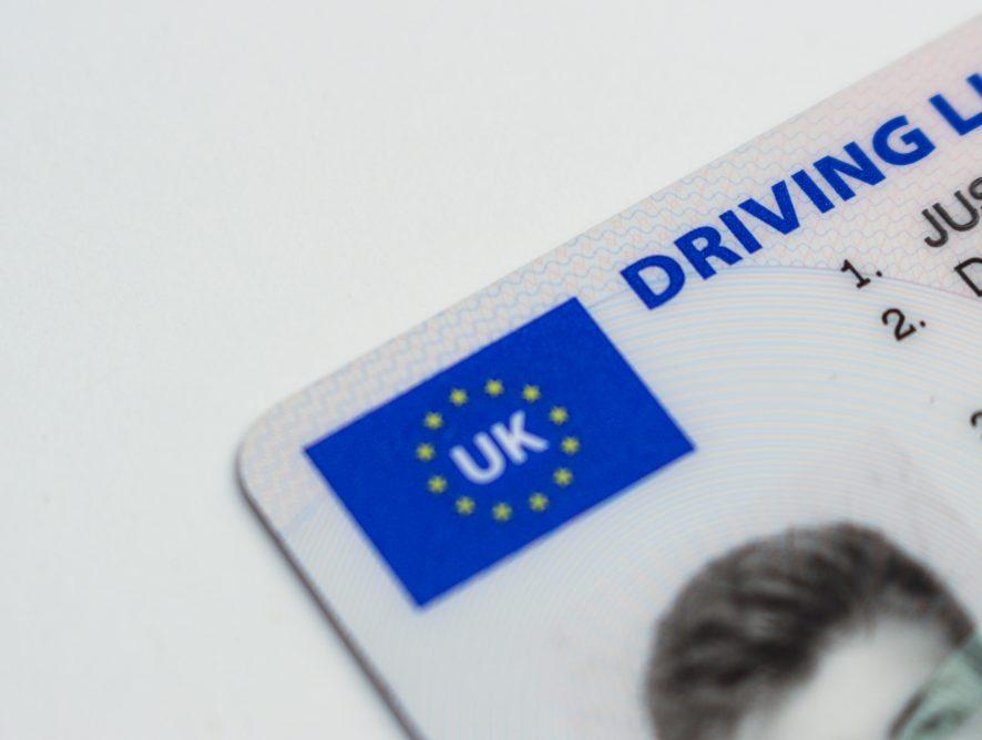 Wiemy od kiedy nie będziemy musieli mieć przy sobie prawa jazdy!
