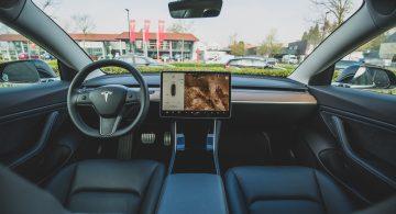 Tesla. Pakiety pełnej autonomii w ramach subskrypcji ruszą na początku 2021 roku