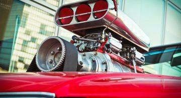 Remont silnika – ile pieniędzy powinieneś szykować?