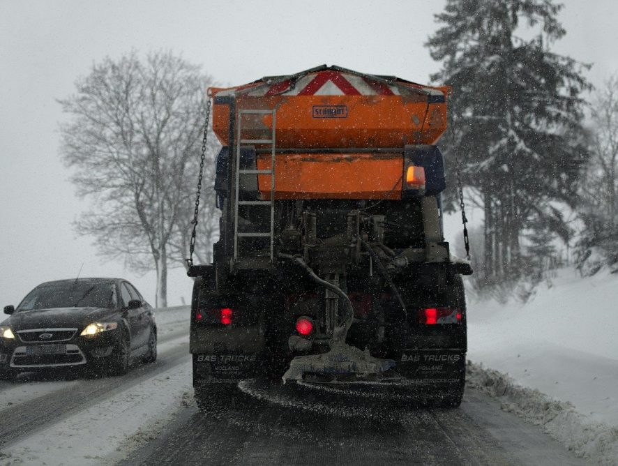 Szeryf lewego pasa - zobacz jak kierowca zablokował autostradę!