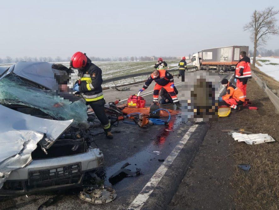 Elbląg. W wyniku wypadku na DK22 ranne zostały trzy osoby