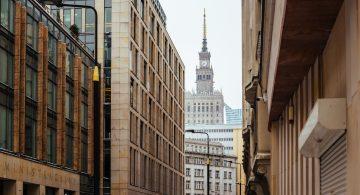 Warszawa najdroższa? Ceny parkingów w polskich miastach