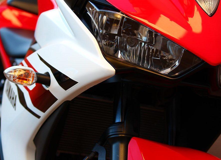 Praktyczne gadżety i akcesoria dla motocyklistów