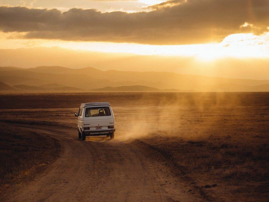 Koszt podróży - ile zapłacimy za przewóz rzeczy i osób
