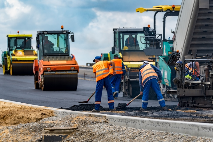 Gumowe drogi standardem w Polsce? Eksperci domagają się zmian