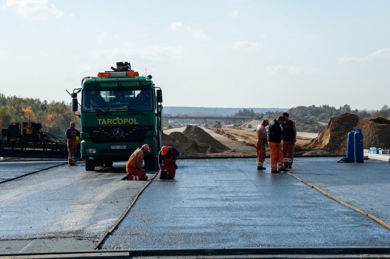 GDDKiA: nie brak dobrej jakości materiałów do budowy dróg