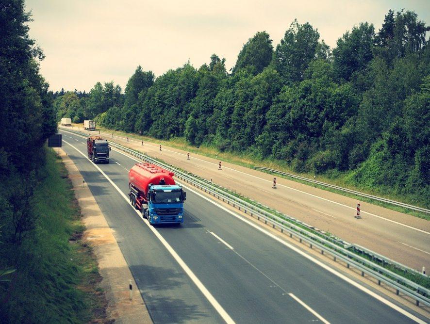 e-TOLL. Zmiana systemu zamiast pomagać, staje się zmorą kierowców?