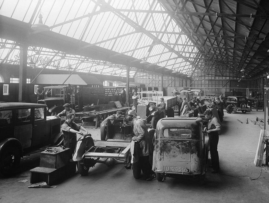 Brak czipów wstrzymuje produkcję samochodów